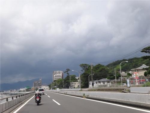 03_箱根方面曇り.JPG