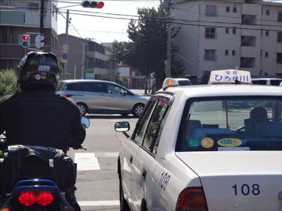 17ひろせ川タクシー.jpg