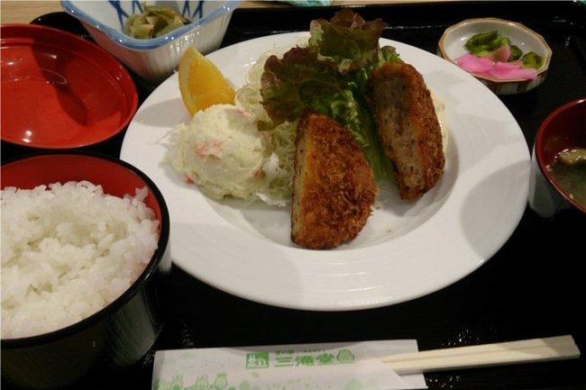 02_昼飯定食.jpg