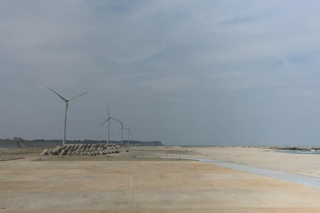 062_風力発電.jpg